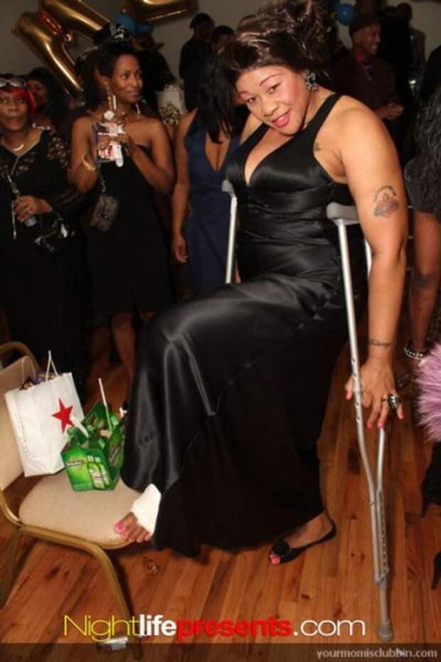 Мамочки в клубе (123 фото)
