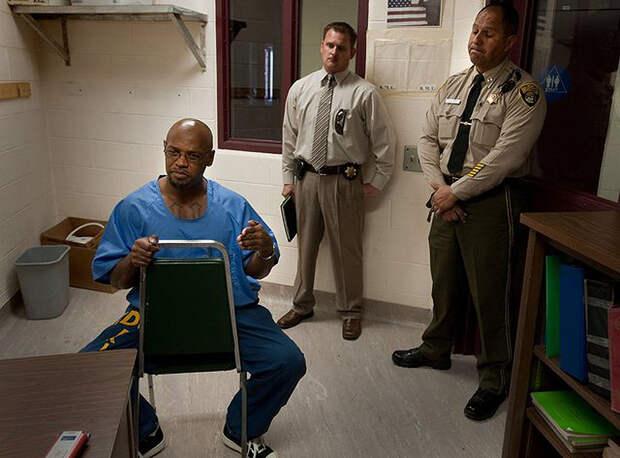 Тюрьма в Калифорнии: отделение строгого режима