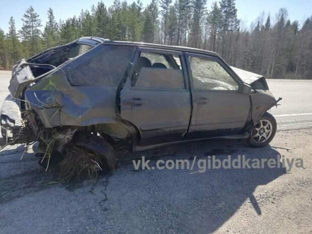 5-летняя девочка и 2-летний мальчик пострадали в аварии в Карелии