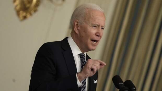 Президент США еще на один год продлил режим антисирийских санкций