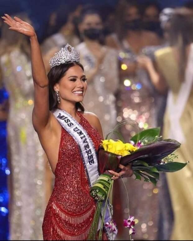 Финал конкурса «Мисс Вселенная 2021»: кто победил и как выглядели финалистки мирового состязания, почему красавице из России не удалось очаровать судей