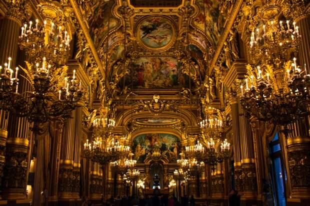 Самые богатые династии на планете: продавцы, кондитеры и промышленники