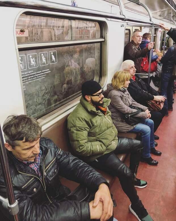 «Звезда в шоке»: Тимати не узнали во время поездки в метро