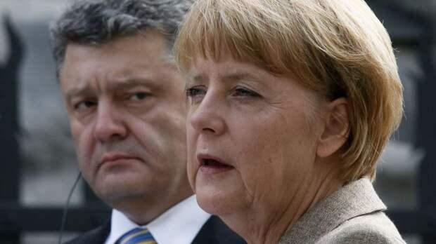 Меркель отмахнулась от пьяного Порошенко, как от назойливого комара