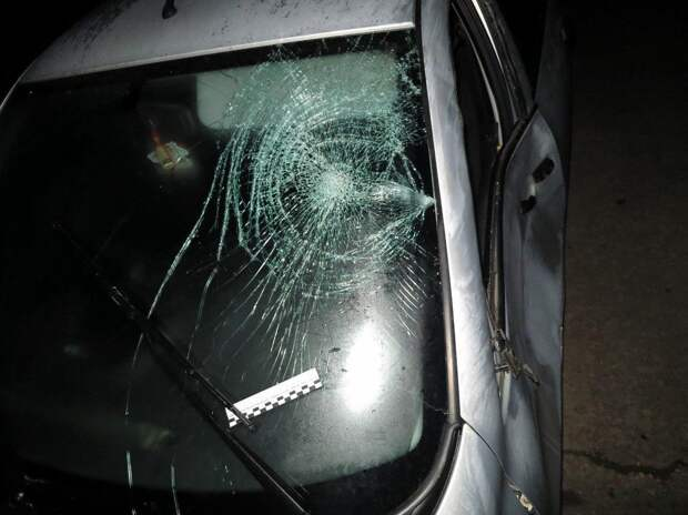 В Крыму бывший полицейский в пьяном виде сбил троих и скрылся с места ДТП