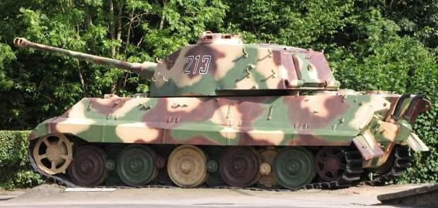 Рычаги и пушка. «Королевский тигр» на испытаниях в Кубинке