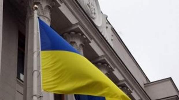 На Украине решили закрыться от России колючей проволокой