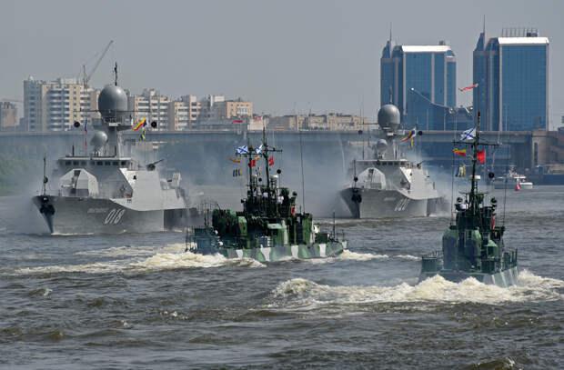 На учениях Каспийского флота связисты отработали установление контакта с боевыми кораблями