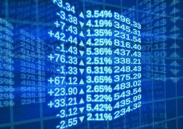 """Доля """"МосБиржи"""" в торговле российскими акциями с двойным листингом выросла до 82%"""