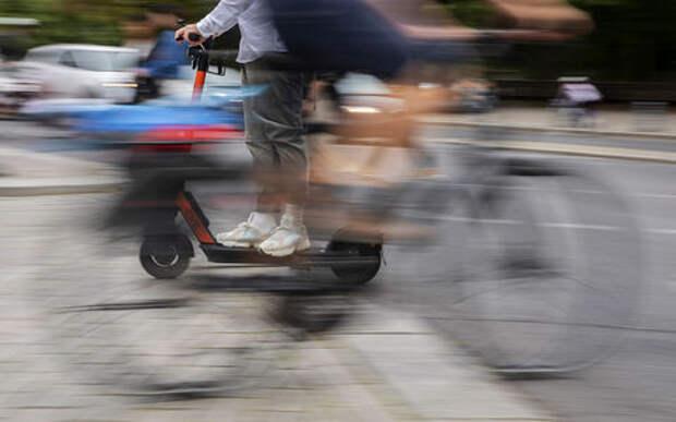 Стало известно, чего больше всего боятся пешеходы. И это - не автомобили!