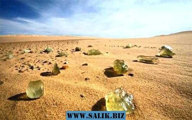 Ливийское стекло - необычный минерал пустыни