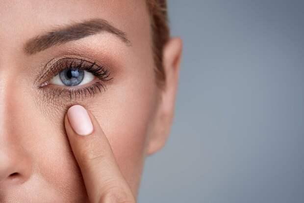 Подтянуть веки и разгладить морщины вокруг глаз возможно! Даже без операции