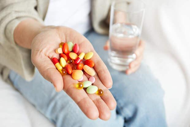 Аллерголог рассказал об опасности злоупотребления витаминами