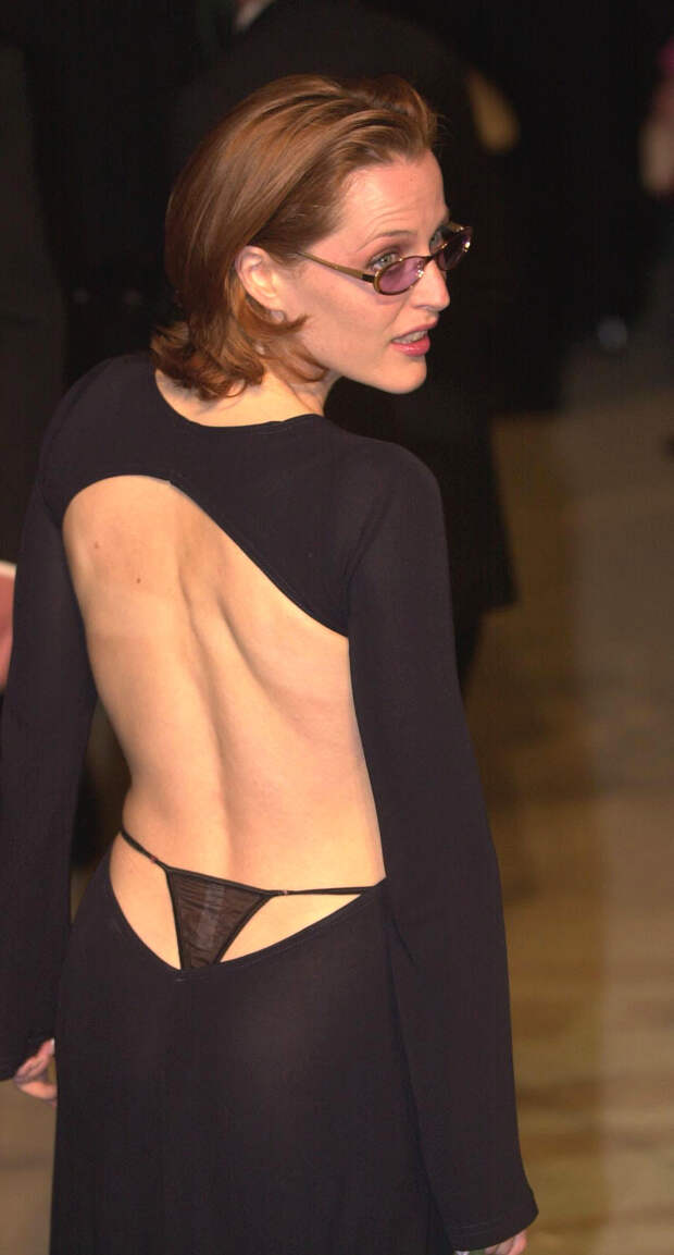 История платья Джиллиан Андерсон с торчащими стрингами на «Оскаре»