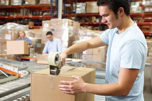 «Ловкость рук иникакого мошенничества»: 10+ гифок отом, как люди упаковывают товар