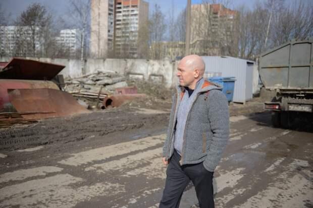 А как уничтожить район, нам расскажет господин Серов!