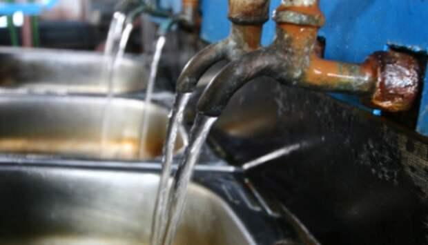 Скрытый вред здоровью: зачем хлорируют воду в России?