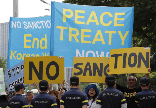 Азия под огнём санкций США
