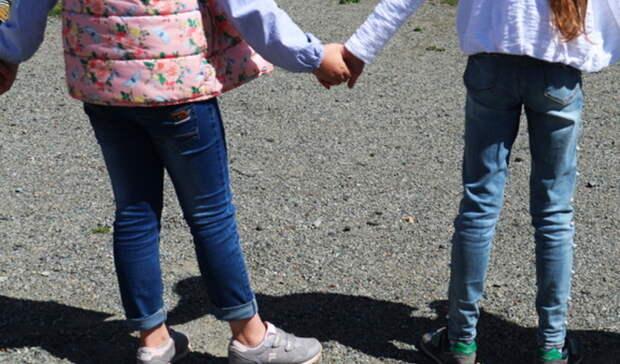 Омича осудят за лишение невинности двух дочерей