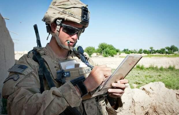 Почему американские солдаты носят темные очки даже в бою