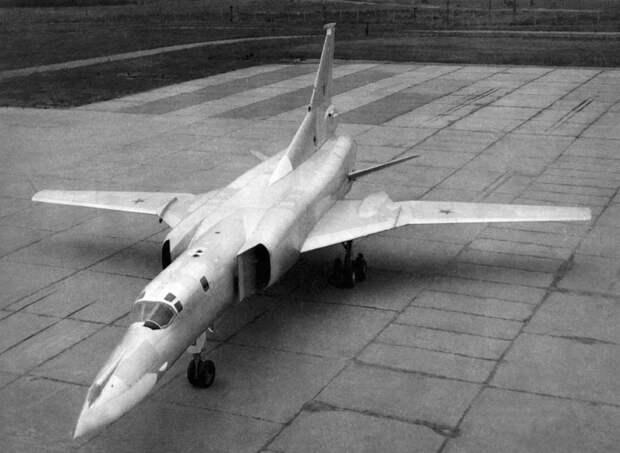 """50 лет назад состоялся первый полет знаменитого """"Бэкфайра"""""""