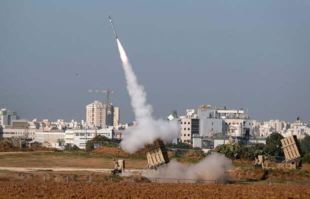 """Израиль обстреляли ракетами из сектора Газа в ответ на удары по лидерам  """"Исламского джихада"""""""