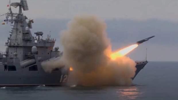"""В МИД России ответили на протест Британии по поводу """"жесткого прессинга"""" военных кораблей НАТО в Черном море"""