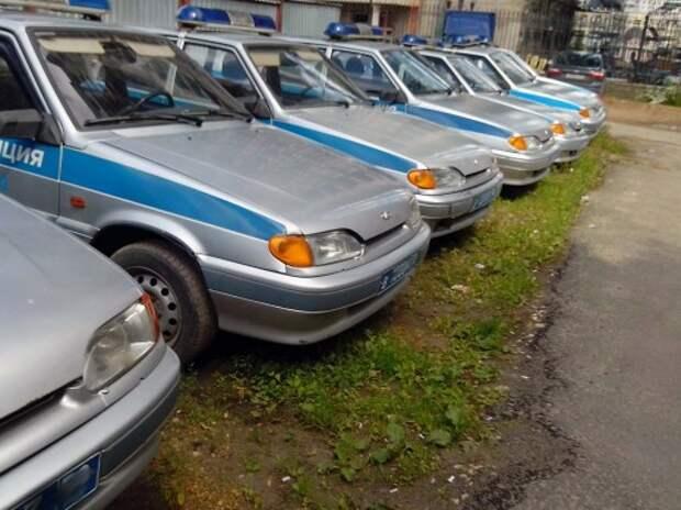 У питерской полиции возникли проблемы с бензином