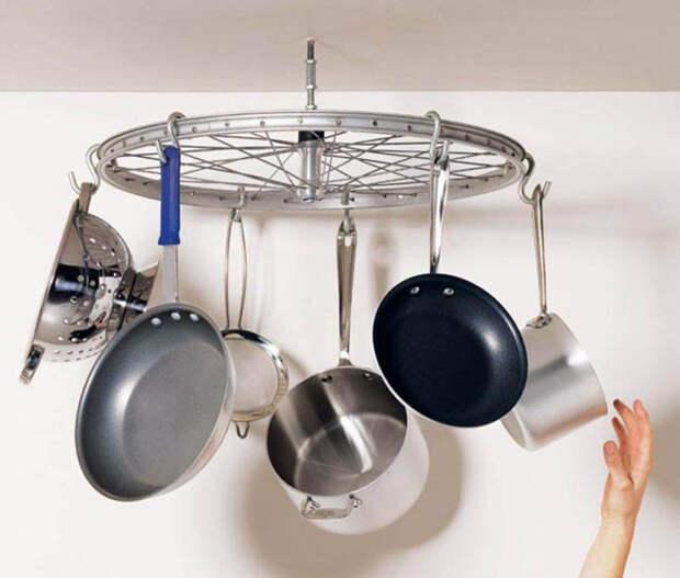 Органайзер для кухонной утвари из старого велосипеда