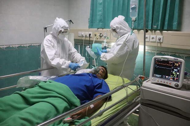 Индийские врачи зарегистрировали около 9 тысяч случаев «чёрной плесени»