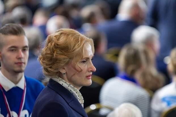 Яровая сообщила о возбуждении дела по камчатскому инциденту и лично повезла пробы в Москву