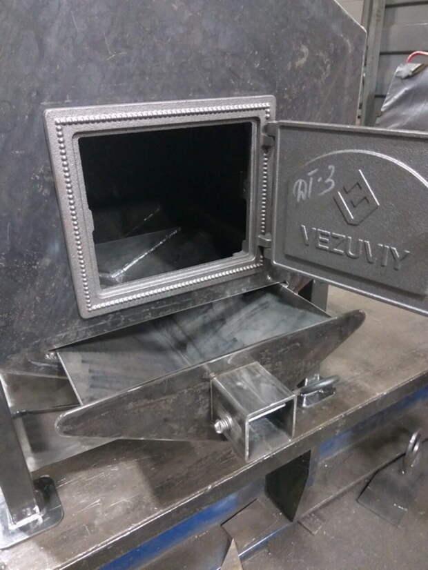 Самодельная прокачанная печка из металла