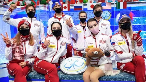 Россия впервые выиграла командный ЧМ по фигурке — с рекордом турнира. Щербакова принесла финальные 12 баллов