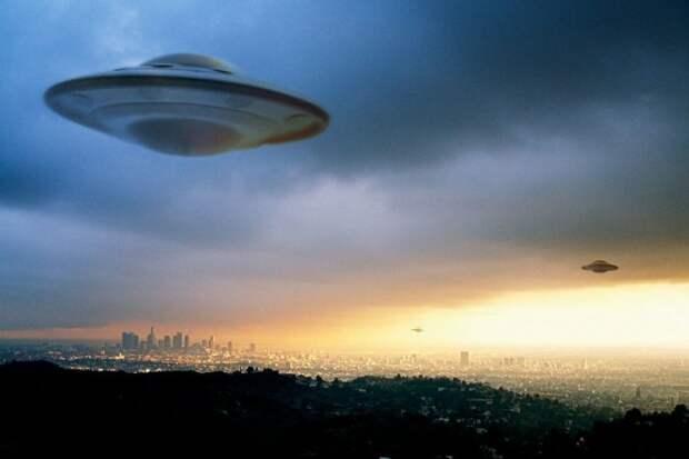 Тайна НЛО. Почему в США они появляются часто, а в России нет? Мнение уфологов