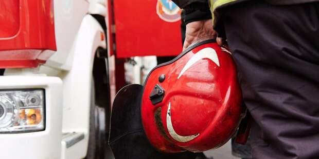 Пожар на Петрозаводской тушили 36 человек