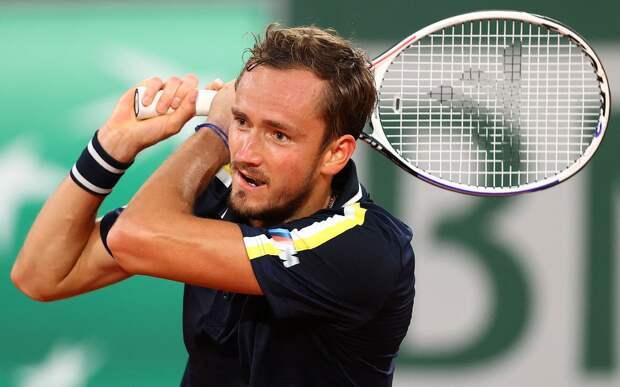 Медведев победил Пола и вышел в третий круг «Ролан Гаррос»