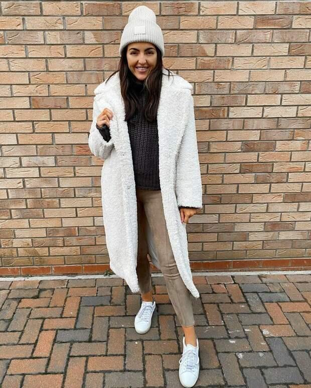 Вязаная шапка для женщины до и после 45: как выбрать, чтобы выглядеть модно, а не простовато