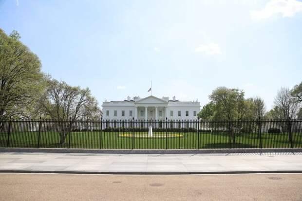 Спецслужбы США не смогли убедить Белый дом в отсутствии инопланетян — NYT
