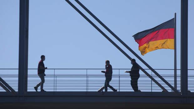"""Германия капитулировала перед """"Спутником V"""": Готова на переговоры, но с условием"""