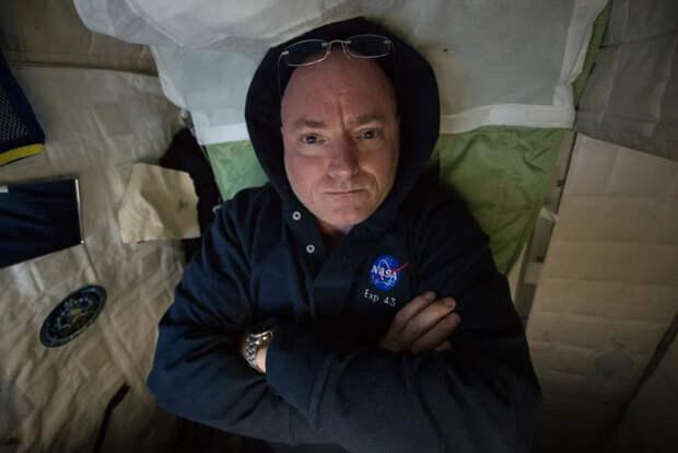 """Анти-Аполлон   Вспышки в глазах космонавтов как ещё один крах """"Лунной Аферы"""""""