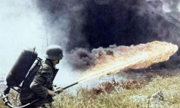 Немецкий огнемет времен Второй Мировой: восстановили по чертежам и сняли работу оружия на камеру