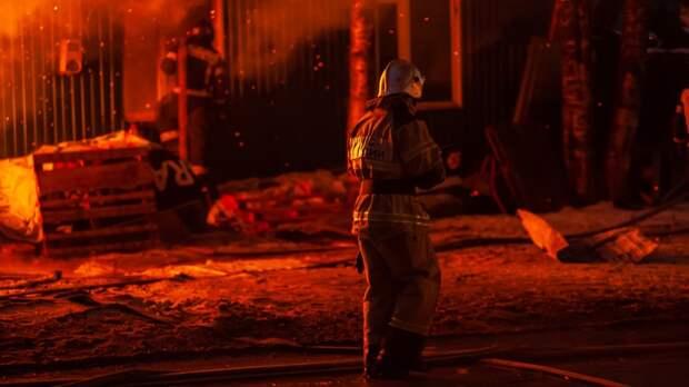 Пожар на АЗС в Новосибирске полностью потушен