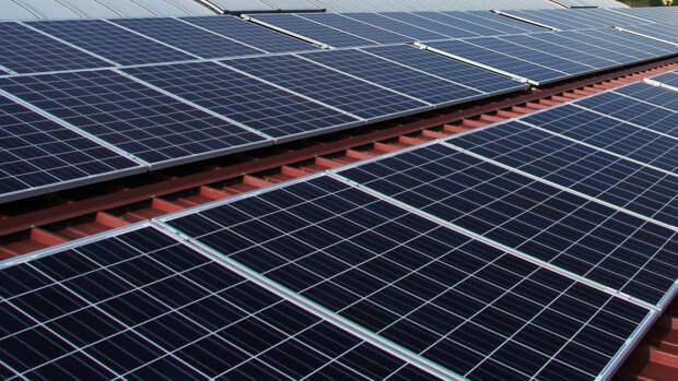 Ученые из России создали материал, который улучшает производительность солнечных батарей