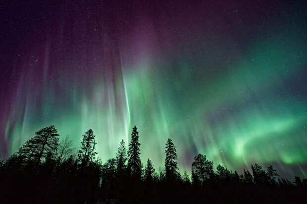"""В Исландии открыта вакансия для всех —""""фотограф северных сияний"""""""