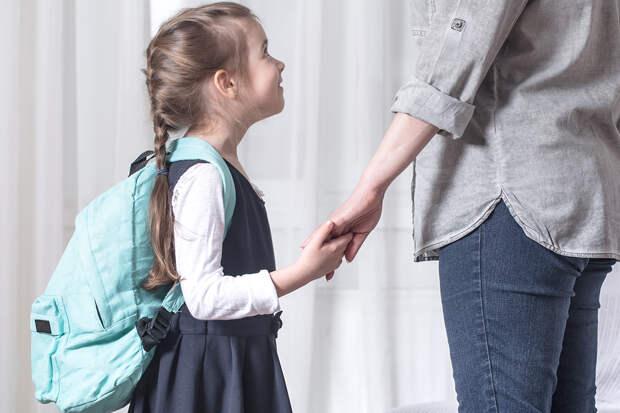 В Госдуме предложили выплачивать родителям по 10 тысяч рублей на сборы детей в школу