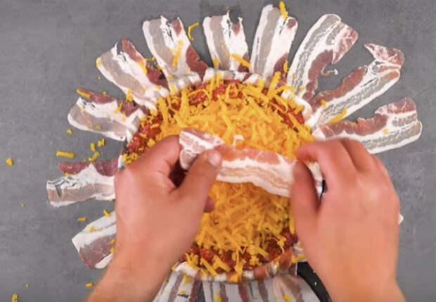 Мясной пирог на гриле: нежная начинка и хрустящая корочка