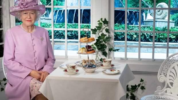 Утро по-королевски: почему Елизавета II всегда завтракает дважды