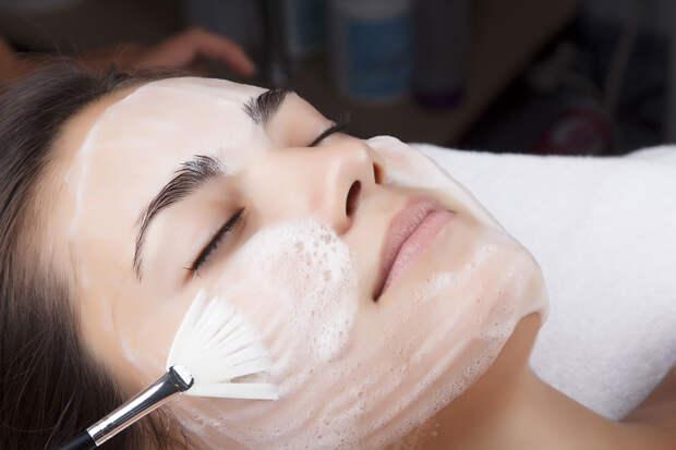 7 косметологических процедур, которые стоит сделать осенью