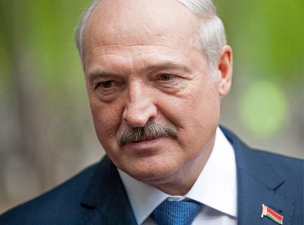 """""""Вроде воевали против Германии вместе"""": Лукашенко поспорил с Путиным о ценах на газ"""