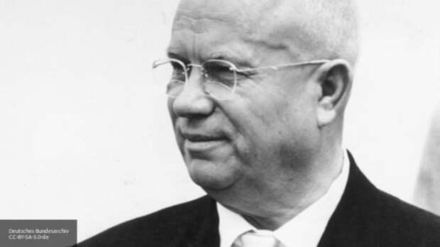 Сын Хрущева объяснил страхи отца в отношениях с США в годы холодной войны